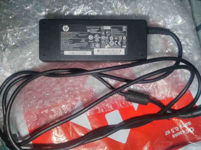 Блок питания hp 19V  /  4,74 A / 90 Wt  (оригинальный, б/у)