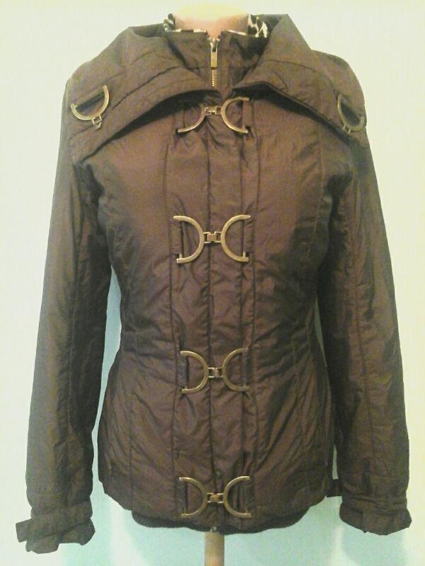 Куртка oggi, на синтепоне. есть нюанс