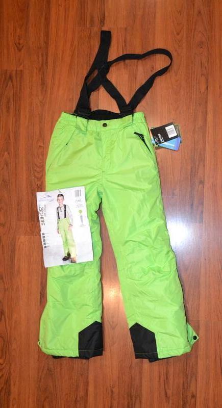Теплые зимние лыжные штаны, полукомбинезон рост 140 см.