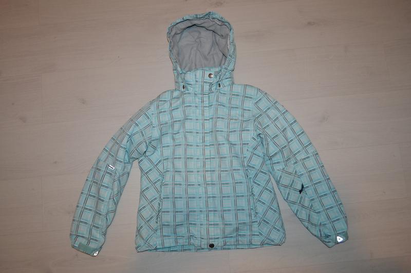 Лыжная куртка размер s