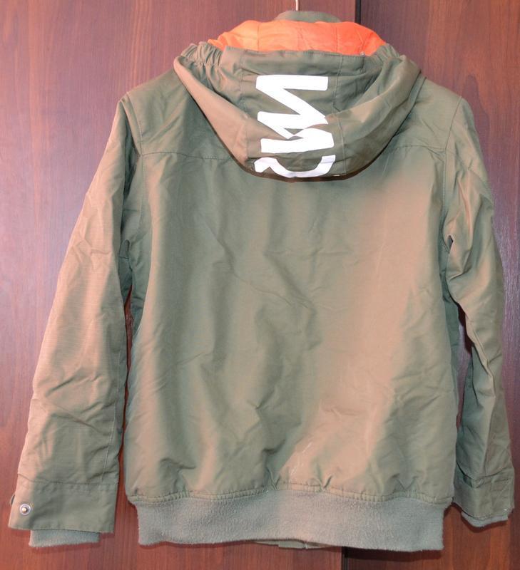 Куртка демисезонная, швеция рост 134 см.