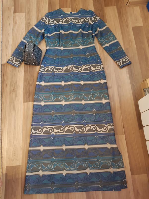 Винтажное люрексовое нарядное платье в пол с длинним рукавом