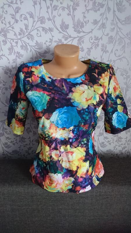 Плотная фактурная блуза