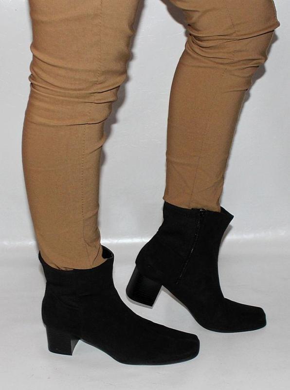 Италия. новые замшевые демисезонные ботинки сапоги