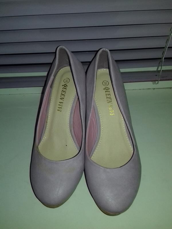 Уценка. новые туфли на танкетке 36 - Фото 5
