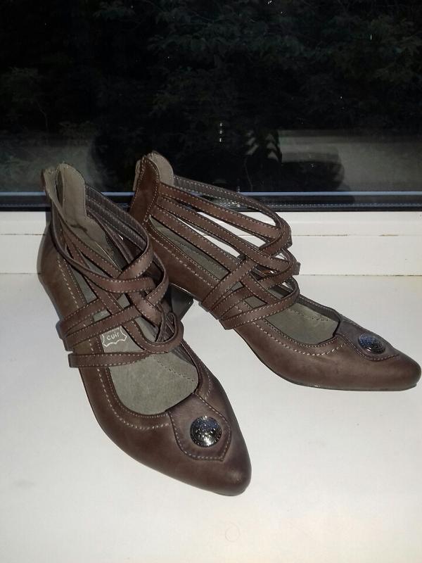 Франция. новые фирменные туфли