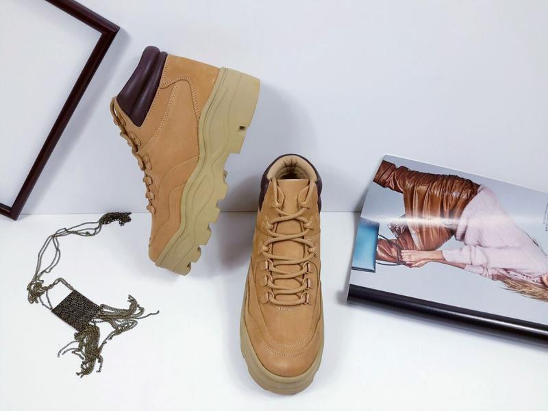 Женские кожаные (нубук) ботинки  steve madden. оригинал