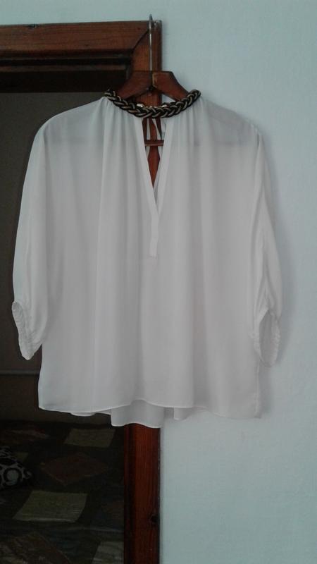 Легкая шифоновая блуза .zara