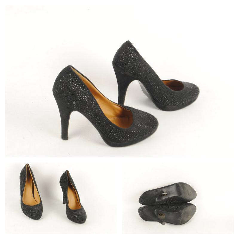 № 26/52  женские туфли размер 37/38 .