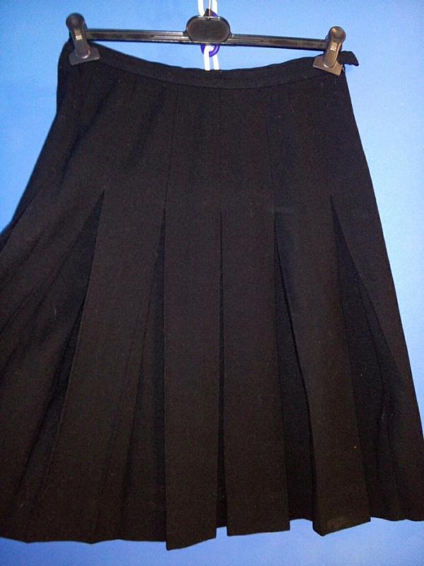 Шерстяная юбка миди в складку