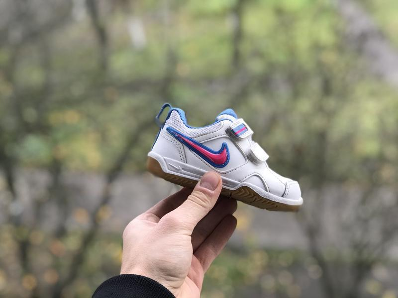 Nike lykin 11 дитячі шкіряні кросівки