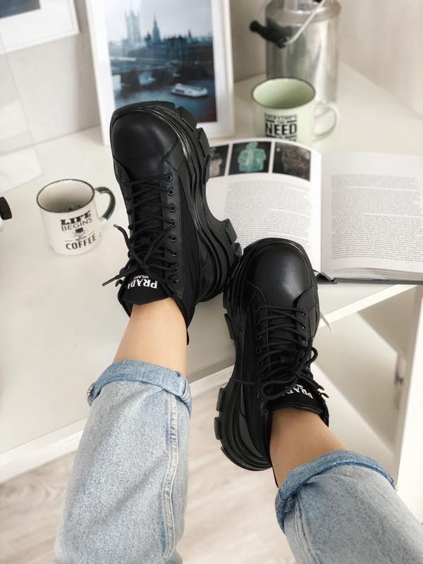 Шикарные женские хайповые кроссовки на платформе milano sneake...