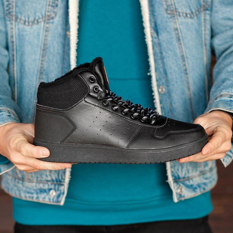 Шикарные мужские зимние кроссовки (без бренда) ❣️