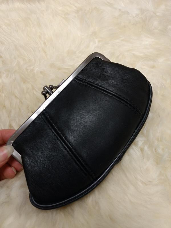 Кожаный удобная кошелек fabretti
