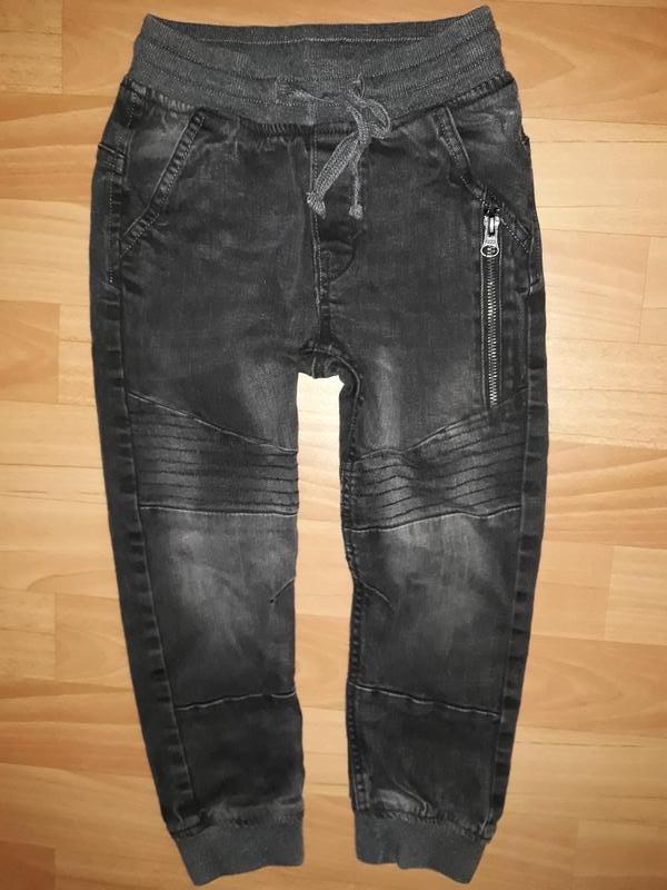 Плотные джинсы-джоггеры h&m на 5-6 лет