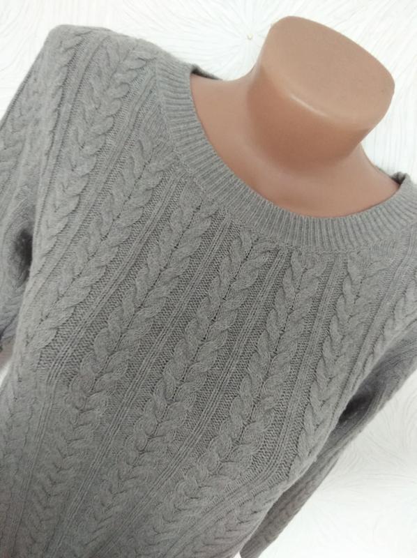 Базовый шерстяной свитер косы h&m basic