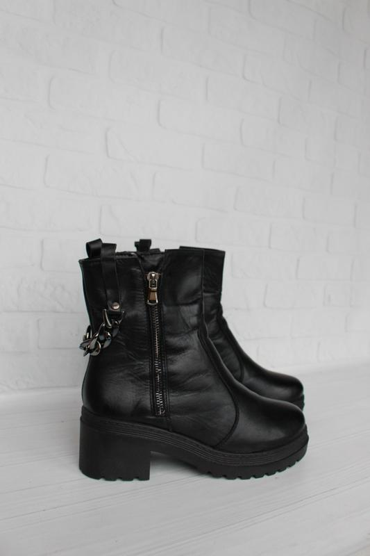 Зимние кожаные ботинки 36 размера