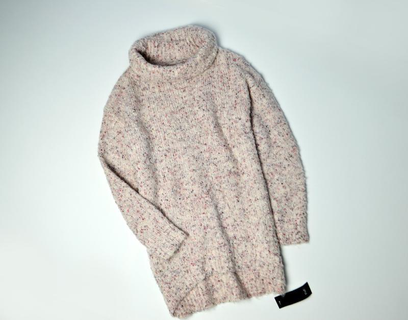 Теплый удлиненный свитер оверсайз с хомутом