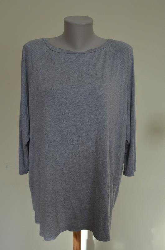 Шикарная фирменная котоновая  трикотажная блузочка интересная ...