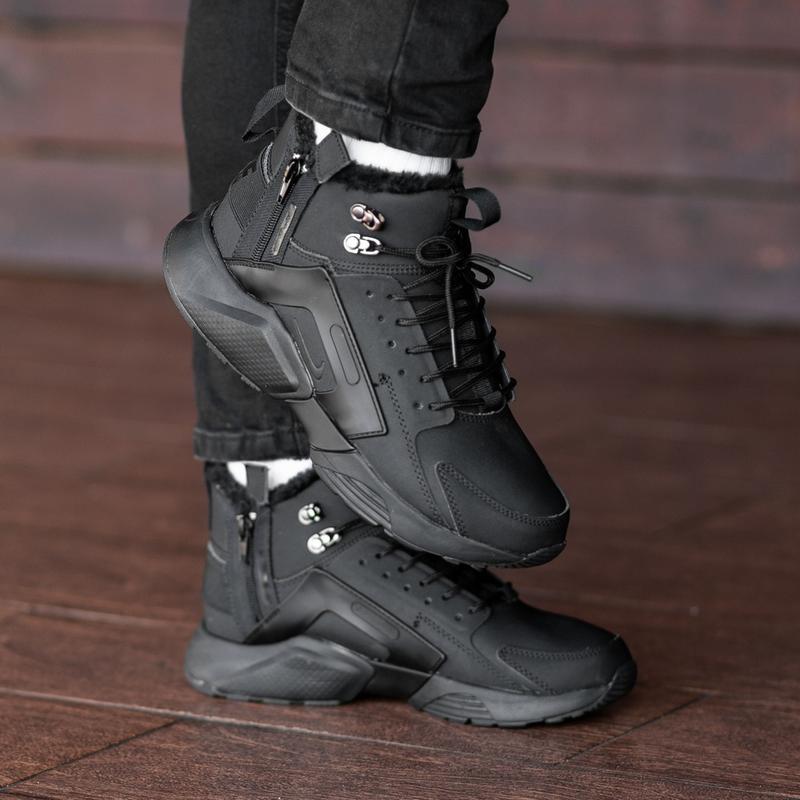 Мужские черные зимние кроссовки  nіke air huarache acronym mex