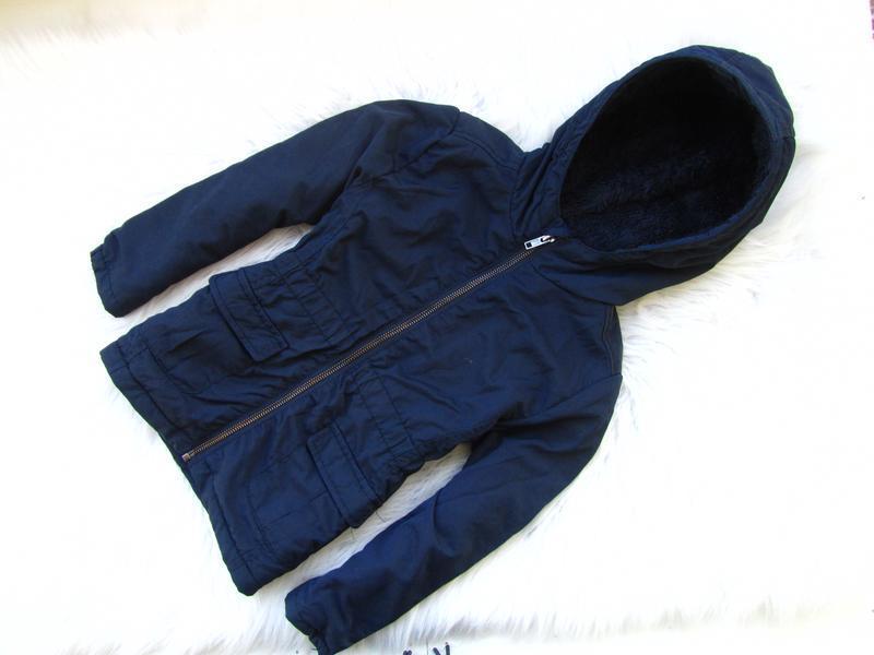 Стильная демисезонная куртка парка с капюшоном monoprix