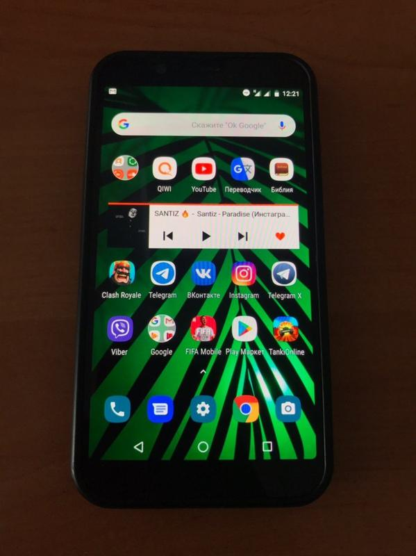 Телефон похож на Xiaomi , Lenovo , Samsung , Huawei , HTC