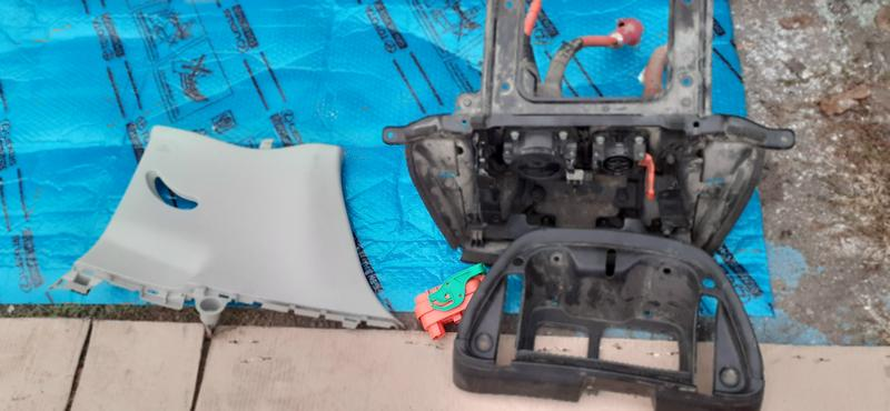 Б/у Порт зарядки Nissan Leaf 3