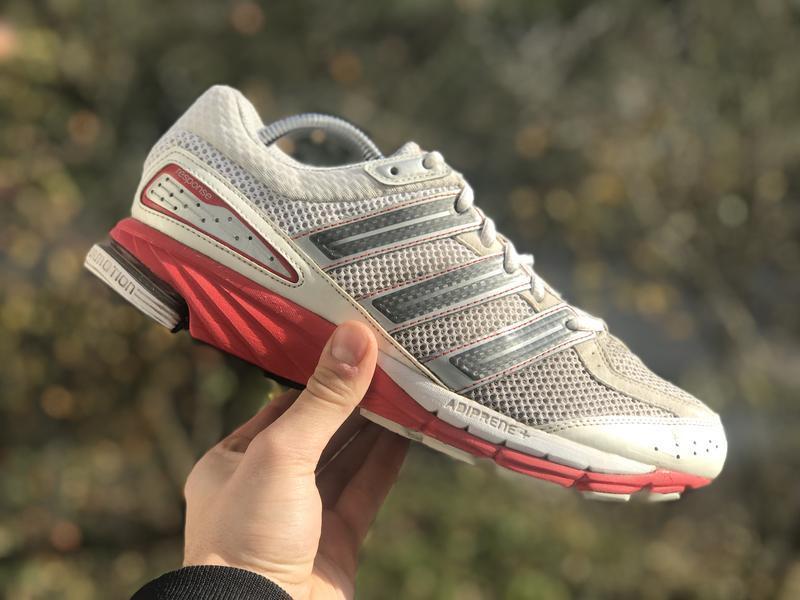 Adidas response спортивні кросівки