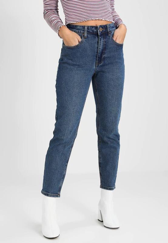 Трендовые мом джинс из плотного денима lost ink