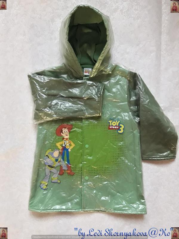 Фирменный disney дождевик/плащ/пальто/куртка в зелённом, на ма...