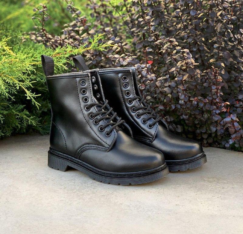 Шикарные женские зимние ботинки dr. martens 1460 mono black