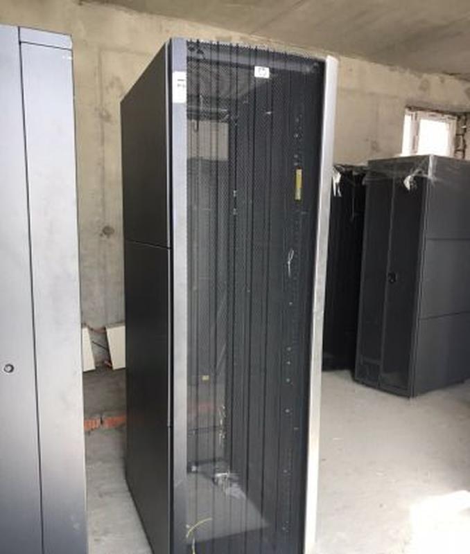 Cерверный шкаф HP 10642 G2 42U