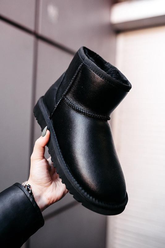 Ugg mini leather black натуральные женские зимние сапоги угги ...