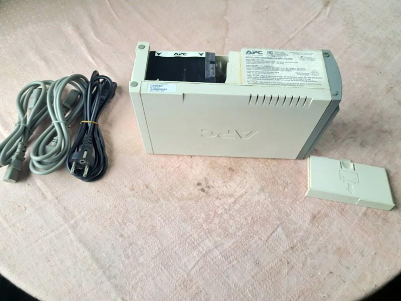 Источник бесперебойного питания Back-UPS CS 500 APC (BK500EI)