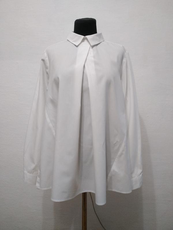 Стильная белоснежная блуза boohoo большого размера