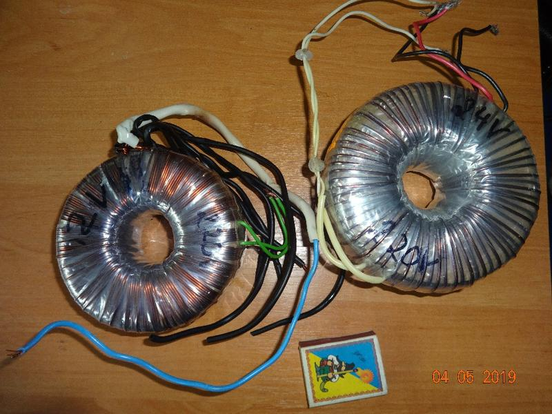Тороїдальні трансформатори 12В та 24В
