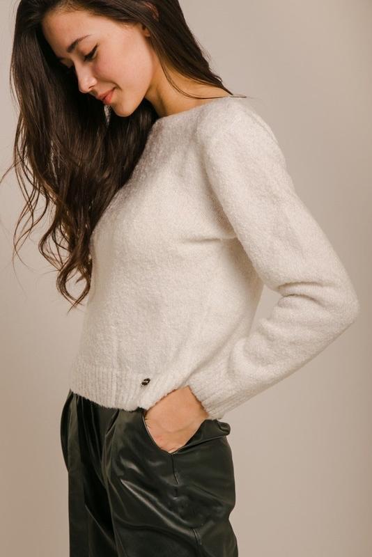 Мягкий теплый свитерок, кофта
