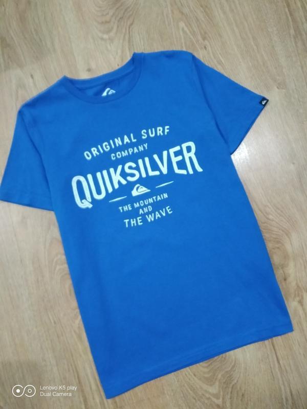 Хлопковая синяя футболка мальчику 140-148- quiksilver-идеал