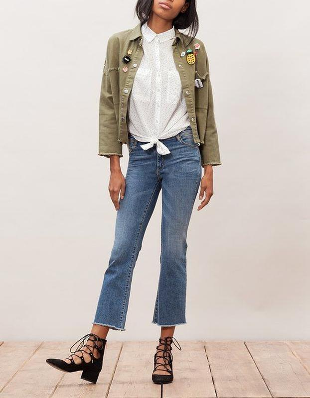Стильные укороченные прямые джинсы стретч