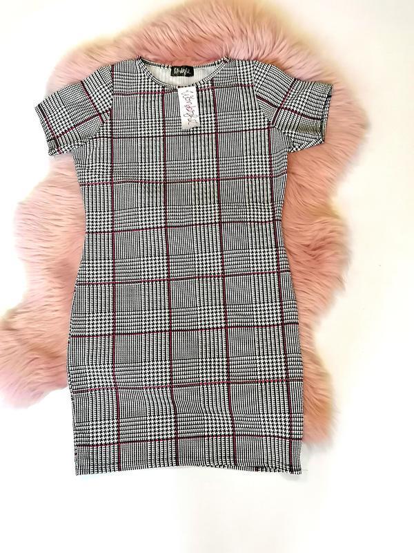 Новое с биркой трендовое платье в клетку wonderful (к069)