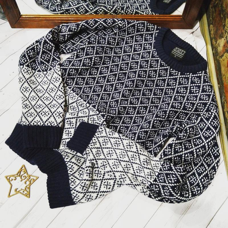 Пуловер джемпер свитер с принтом