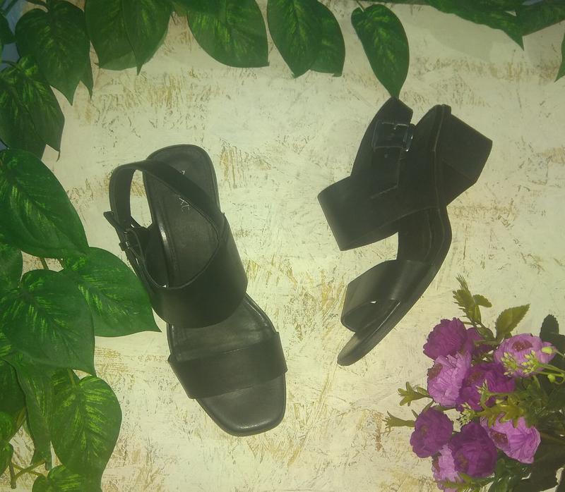 Стильные сандалии босоножки next р 37