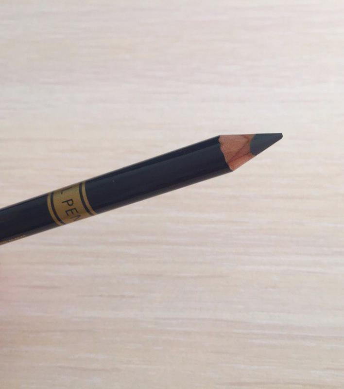 Карандаш, олівець для очей. сірий олівець