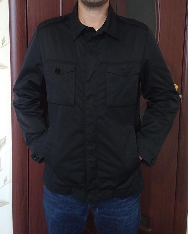 Стильная куртка на осень hugo boss