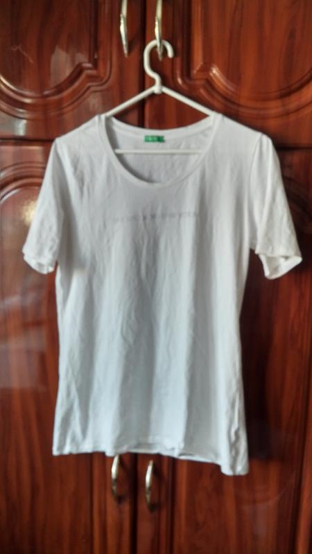 Базовая белая футболка united colors of benetton