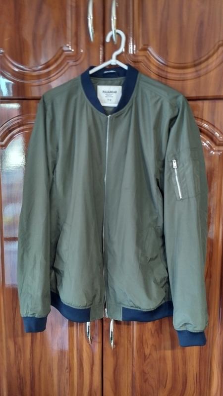 Куртка ветровка бомбер харрингтон pull & bear