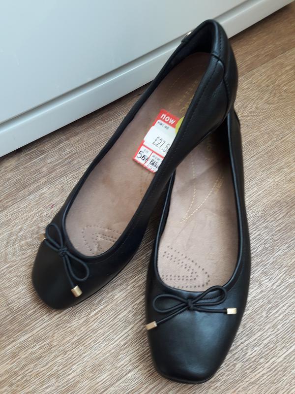 Кожаные туфли балетки clarks 39 размер