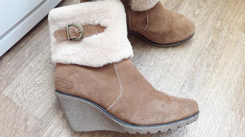 Ботинки ботильйоны ugg 39 размер