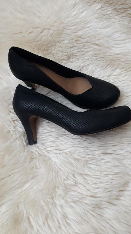 Кожаные туфли clarks 39 размер - Фото 2