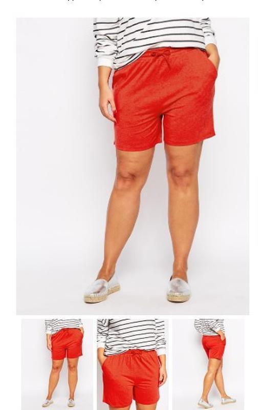 Классические красные шорты с карманами коттон на резинке.